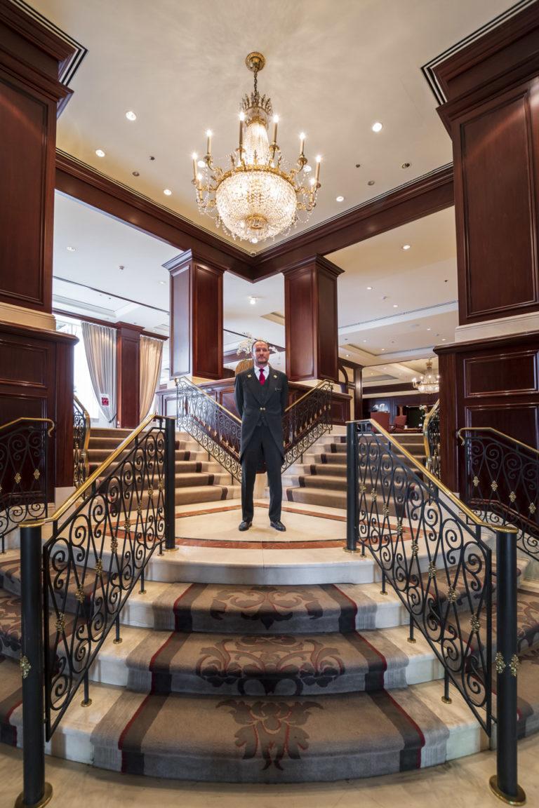 Welcoming concierge